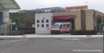 Crotone, aggressione all'ospedale: «Succedono con frequenza preoccupante»