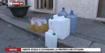 Carenza idrica a Catanzaro, cittadini esasperati