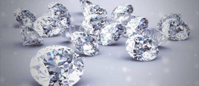 Il caro estinto da… indossare. Defunti trasformati in diamanti anche in Calabria
