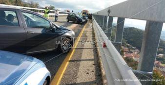 Terribile incidente sulla Statale 107: una vittima