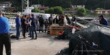 Circa quaranta migranti rintracciati al largo delle coste reggine