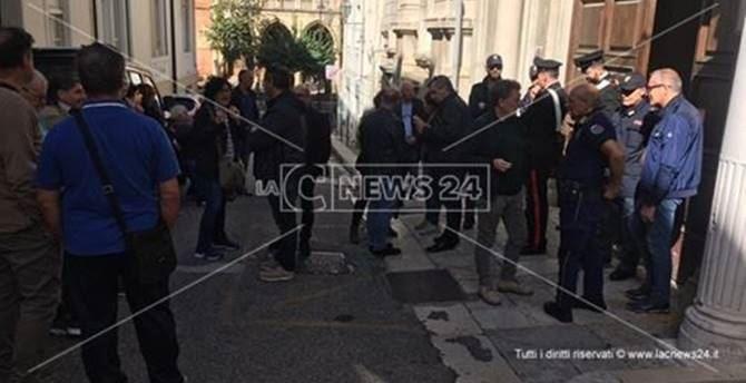 La protesta dei dipendenti delle strutture psichiatriche di Reggio Calabria