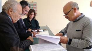 No Metro a Cosenza, depositate le firme per chiedere il referendum
