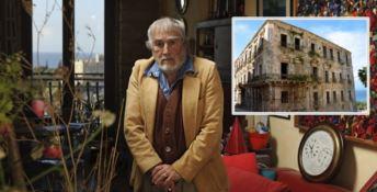 Luigi Giffone (foto di Giovanni Galardini). Nel riquadro, Palazzo Giffone a Tropea (foto di Elfriede Hartbauer)