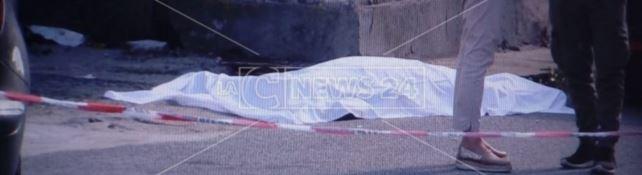 Sangue a Vibo Valentia, uomo ucciso a colpi di pistola nella frazione Piscopio