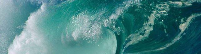 """Maremoti calabresi, dal mini-tsunami di 10 centimetri ai """"mostri marini"""" alti 40 metri"""