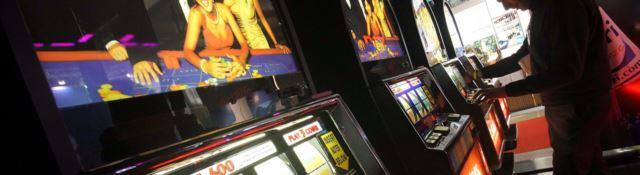 Slot e lotterie sono le cavallette del risparmio. Tutti i numeri del fenomeno in Calabria