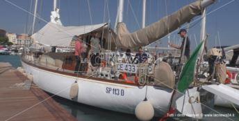In barca a vela con la carrozzina: «Per me una scommessa vinta»