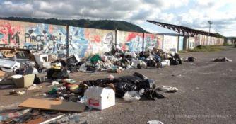 San Pietro a Maida, stadio comunale trasformato in discarica