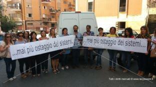 Scuole, ancora ritardi nell'assegnazione dei docenti: nuovo sit-in a Cosenza