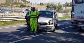 Incidente sulla statale 106 a Sellia, due feriti