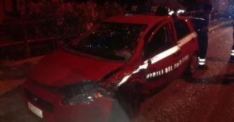 Scontro tra due auto a Palizzi, ferito un vigile del fuoco