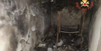 Incendio nella chiesa di Roccelletta di Borgia, non si esclude la pista dolosa