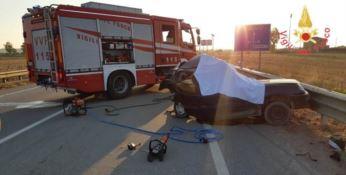 Drammatico incidente sulla statale 106, muore 69enne