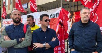 «Non riceviamo lo stipendio da dieci mesi»: i vigilantes all'Asp di Vibo sul piede di guerra