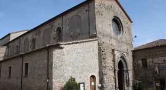 Una casa di riposo nell'abbazia florense, il M5s: «Un paradosso»