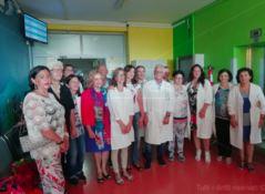 Scuola in corsia, l'assessore regionale all'istruzione all'ospedale di Catanzaro