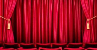 Il Conte tacchia al Cilea, standing ovation per Montesano