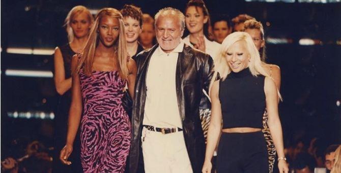 Naomi Campbell, Gianni e Donatella Versace