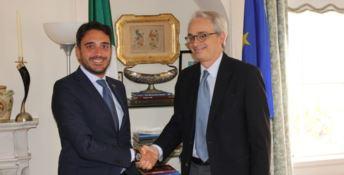 Irto con il console generale d'Italia Lorenzo Ortona