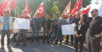 Senza stipendio da 10 mesi, scatta la protesta dei vigilantes a Vibo Marina