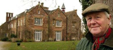 Sir Benjamin Slade e la sua tenuta nelle campagne inglesi