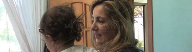 L'appello di una mamma: «Vaccinate i vostri figli, la mia piccola Greta rischia la vita»