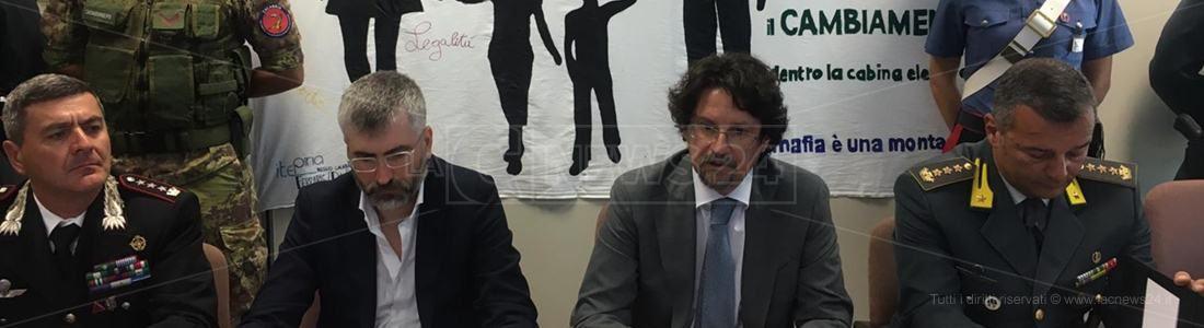La conferenza stampa sugli arresti