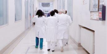 Crotone, scritte choc e minacce contro medici in malattia