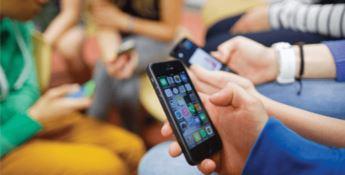 Tariffe telefoniche, il Codacons: «Aumenti fino al 54 percento»