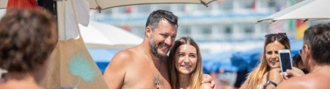 Salvini in spiaggia - Repertorio
