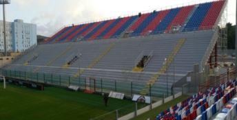 Crotone, nuova diffida per lo stadio. La rabbia del sindaco: «Guerra inutile»