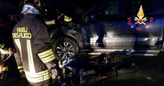 Violento scontro sulla statale 106 a Sellia, grave motociclista