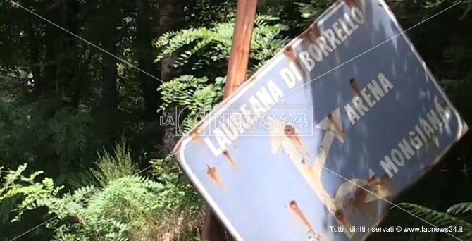 Un cartello sforacchiato
