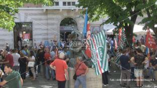 Sanità al collasso, mobilitazione dei sindacati: «Subito le assunzioni»