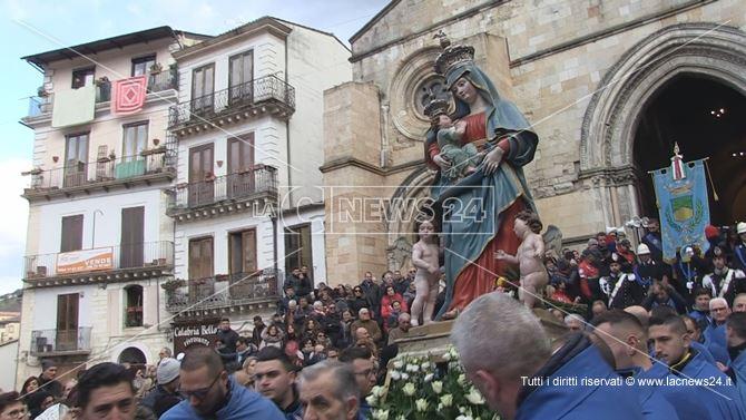 La processione della Madonna del Pilerio a Cosenza