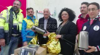 Il calore della solidarietà nel kit anti-freddo per i senzatetto di Catanzaro