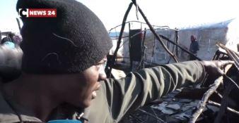 San Ferdinando, alcuni migranti lasciano il ghetto