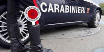 Così il carabiniere ricattava la sua vittima: «Tu ci tieni alla famiglia?»