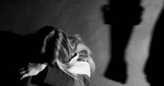 Vessata dal padre tenta di uccidersi, ora è in stato vegetativo: arrestato 46enne a Crotone