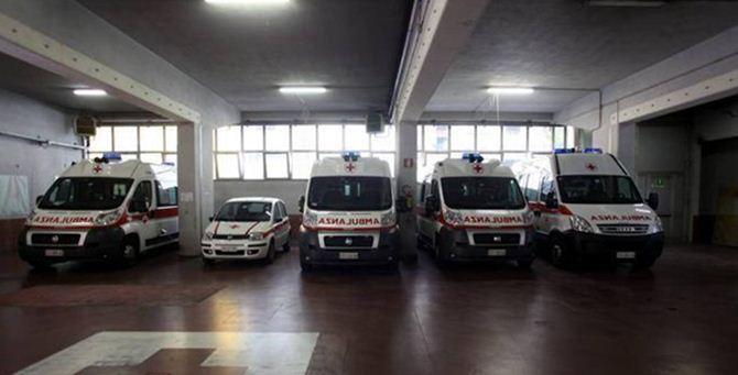 Ambulanze in un garage