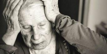 Alzheimer, l'allarme della scienziata Bruni: «La reclusione destabilizza pazienti e familiari»
