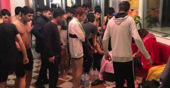 I migranti sbarcati a Torre Melissa