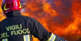 Alto Tirreno, la criminalità rialza testa: in fiamme due villette a Sangineto