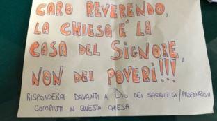 Il messaggio lasciato davanti la basilica di Sant'Eustachio a Roma