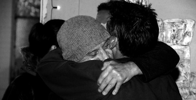 Un abbraccio - Immagine di repertorio