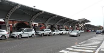 Aeroportuali, i sindacati criticano l'accordo cigs: «Anche gli stagionali tagliati fuori»