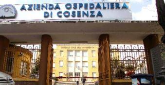 Morte del paziente 1 a Cosenza, l'ospedale chiarisce: «Non era positivo»