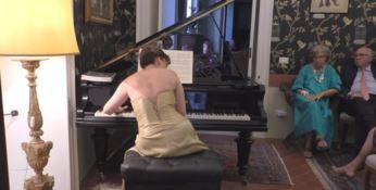 """Musica e matematica, la """"concertista aristotelica"""" suona Liszt ad Amantea"""