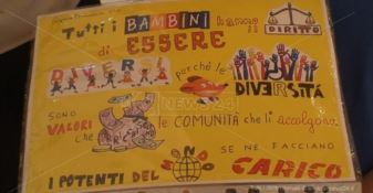 Diritti negati, l'Unesco parla ai giovani: «In Calabria 40% dei bimbi in povertà»